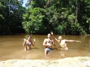 swimming in amazon river per